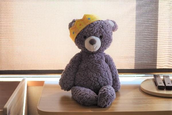 しまじろうワーク市販の王冠をかぶったクマ