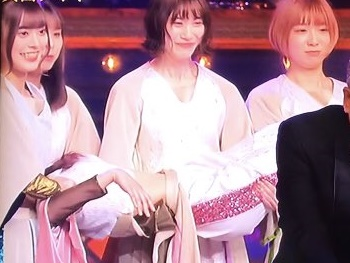 【レコード大賞】豆柴の大群で倒れたのは誰?ミユキ?